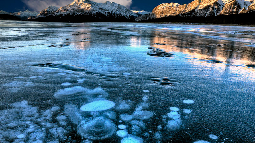 Lake-Abraham-Canada