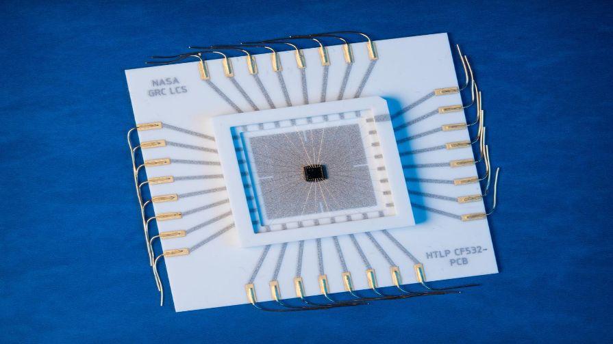 Silicon Carbide Integrated Circuit Chip