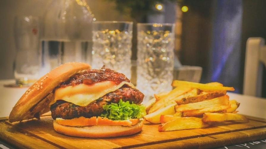 High-fat-diet-fuels-prostate-cancer