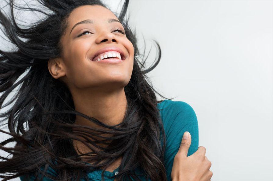 smiling_could_make_you_look_older