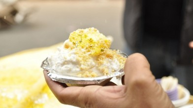Daulat_Chaat_in_Old_Delhi_Missmansipants from Wikimedia Commons