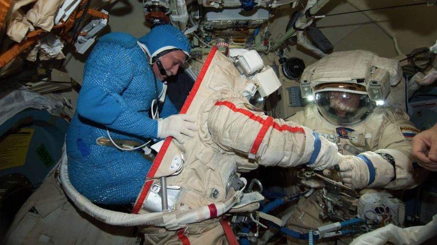 Astronaut-spacesuit