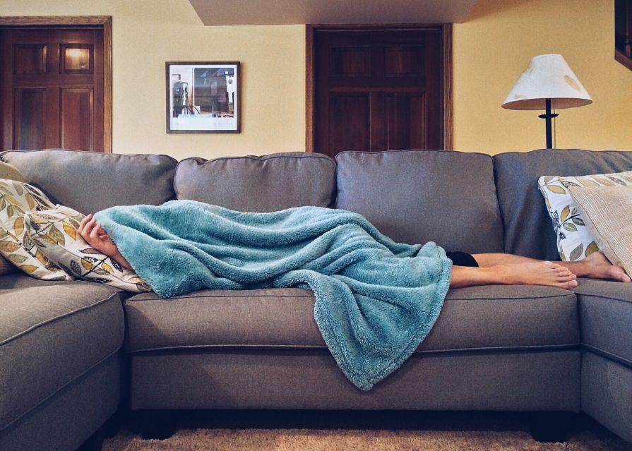 sleep_apartment-bed-carpet-pixabay