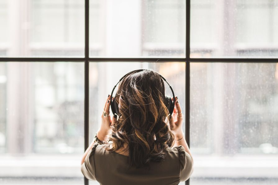 Listening-Burst-Pexels
