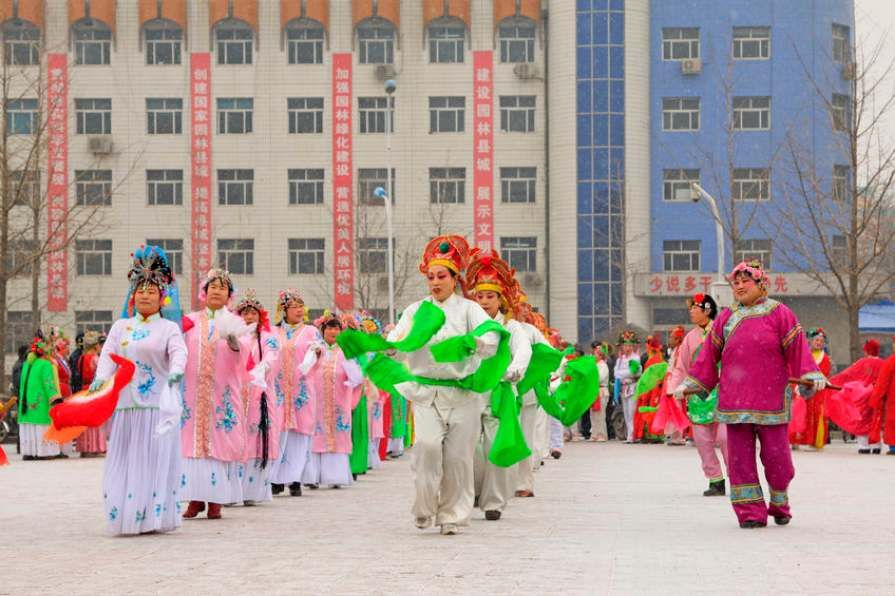 Square_dancing_is_the_latest_fitness_craze_in_China