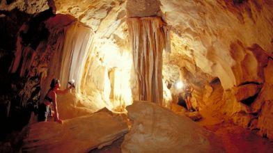 Al Hoota Caves_Oman (3)