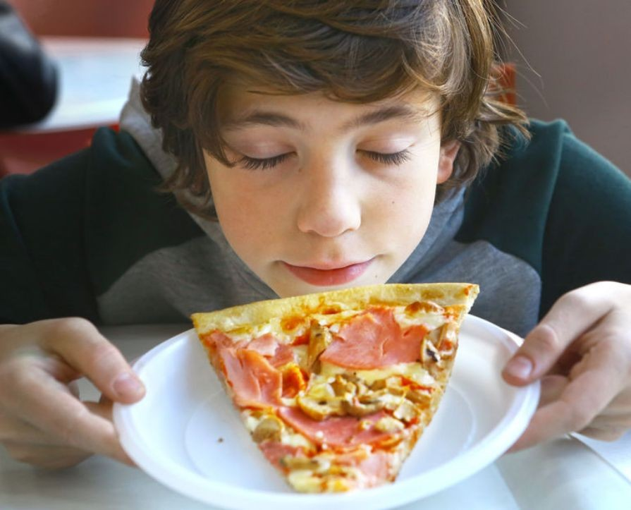 r smell_the_pizza_to_curb_the_craving