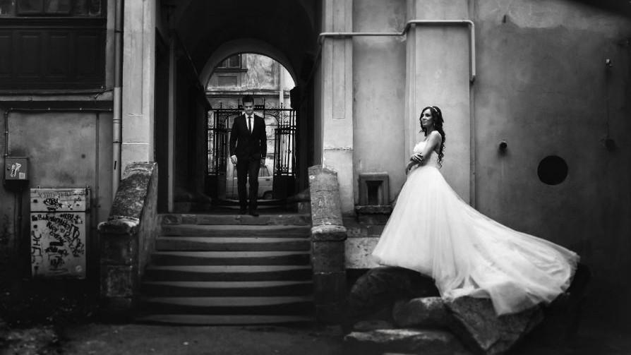 Now_elopements_like_destination_weddings