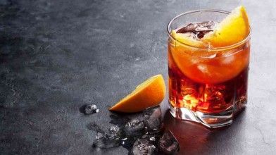 r The_Negroni_is_a_century_old