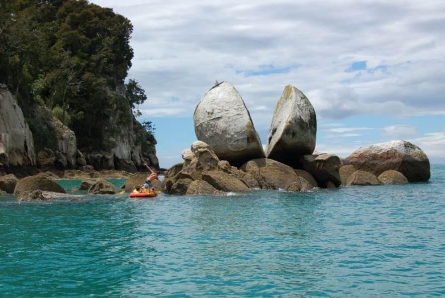 Split_Apple_Rock_Abel Tasman National Park. PC- Tourism New Zealand